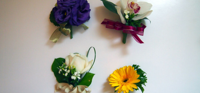 Making Boutonnieres is so much fun!